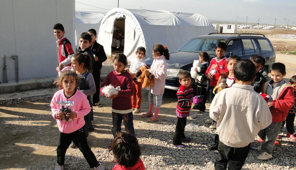 DI helping Yazidis7_k